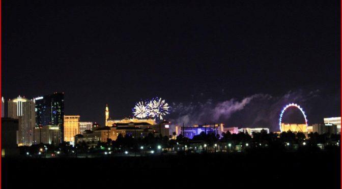 Ausnahmezustand in Las Vegas - Dauerfeuerwerk zum Unabhängigkeitstag